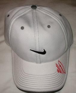 Anthony Kim Autographed White Nike Hat W/PROOF, Picture of A